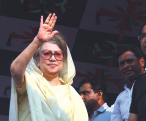 Begum Khaleda Zia wants to oust the government from power. Photo: Amran Hossain