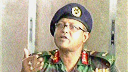 Maj Gen Chowdhury Hasan Suhrawardy of the 9th Infantry Division addressing a press briefing near collapsed Rana Plaza in Savar Tuesday. Photo: TV grab