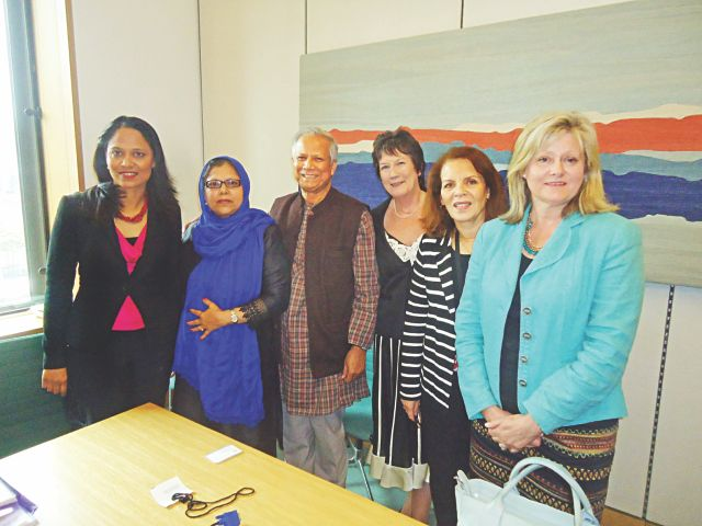 Third from left, Nobel Laureate Professor Muhammad Yunus poses with, from left, Rushanara Ali MP (Labour), vice-chair of All-Party Parliamentary Group for Bangladesh; Baroness Uddin (Labour), member; Pauline Latham OBE MP (Conservative), chair of All-Party Parliamentary Group for UN Women; and Baroness Hussein Ece OBE (Liberal Democrat), secretary; at a meeting to discuss measures to improve and strengthen the garments industry in Bangladesh and protect the right of women workers. Photo: Yunus Centre