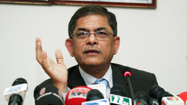 This file photo shows BNP acting secretary general Mirza Fakhrul Islam Alamgir addressing a press conference.