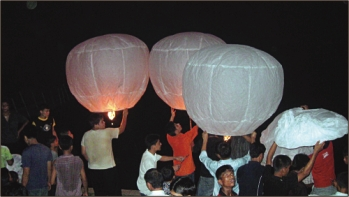Every Buddhist Family will fly lanterns
